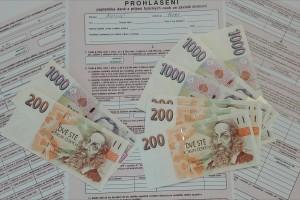 peníze  a prohlášení